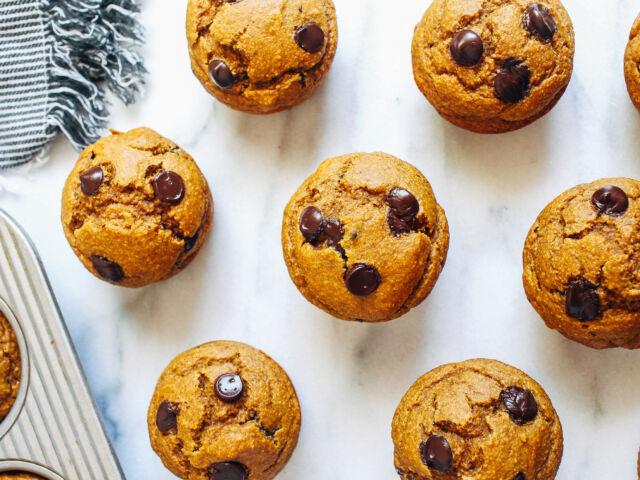 Healthy-Flourless-Pumpkin-Muffins_