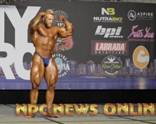 NPC NEWS ONLINE Bodybuilding Posing Routine Of The Day: IFBB Pro League  Bodybuilder Iain Valliere