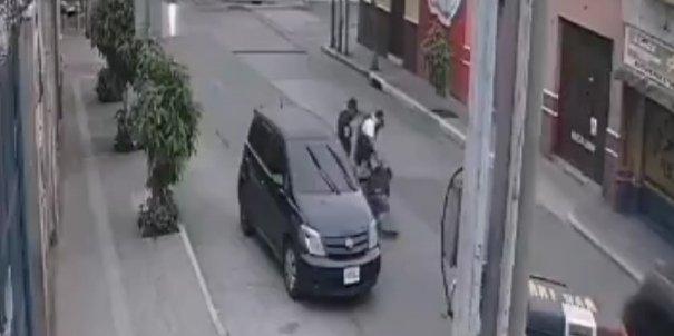 Video capta cuando agente de la PNC le dispara a Edgar Ic Pérez