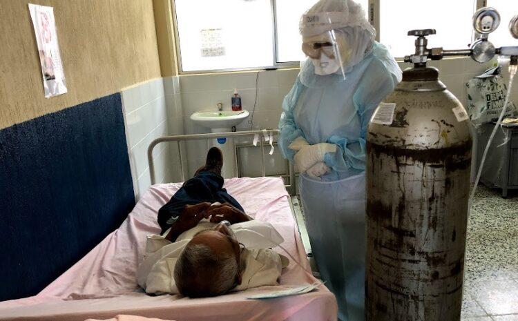 Salud confirma desabastecimiento en hospitales por aumento de casos de COVID-19 y otras enfermedades