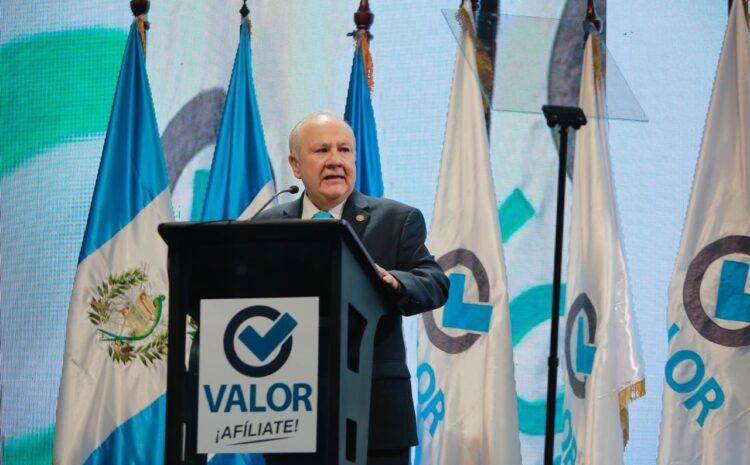 Alianza por las Reformas y AEU presentan amparo contra la designación como magistrado de Molina Barreto