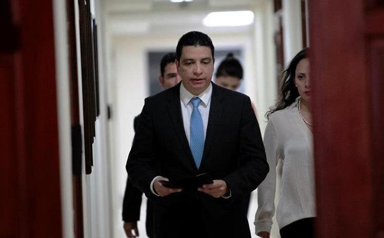 PGN se opone a acuerdo de colaboración eficaz con acusado de pagar sobornos a Érick Archila