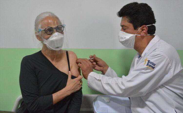 Hospital Roosevelt finaliza jornada de vacunación contra COVID-19 en menos de 24 horas