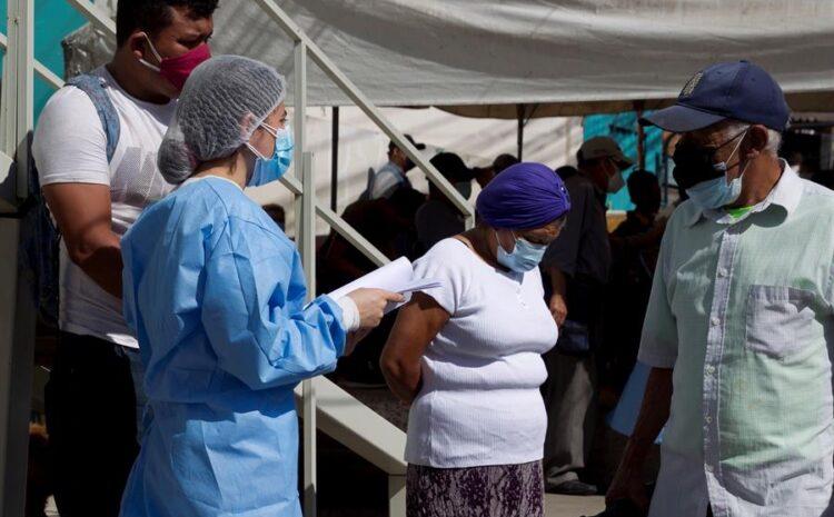 El número de muertos mundiales de COVID crece por segunda semana consecutiva