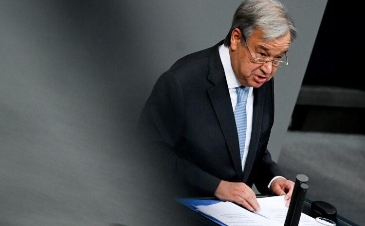 El jefe de la ONU celebra el apoyo de EE.UU. a suspender las patentes de las vacunas