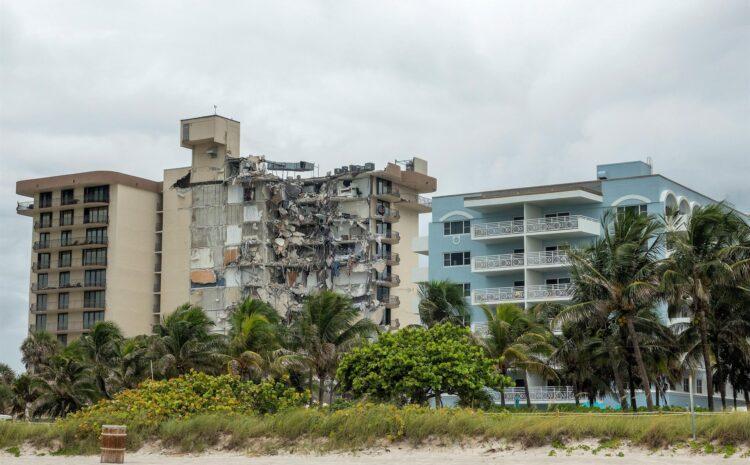 «No quedó nada», dicen asombrados supervivientes del derrumbe en Miami Beach