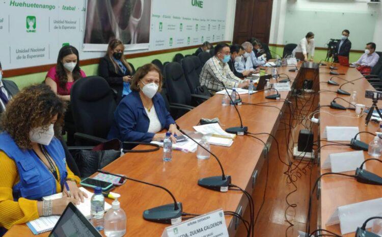 """Viceministra de Salud: """"Se nos ha salido de control el manejo de la pandemia"""""""