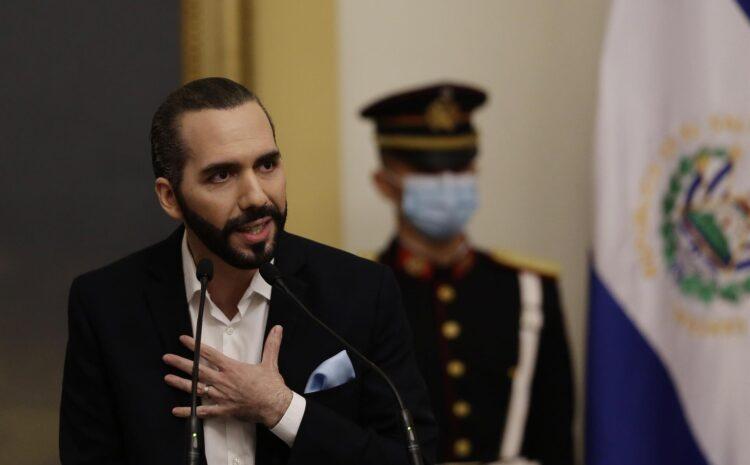 Bukele firma una polémica reforma que cesa a los jueces sexagenarios en El Salvador