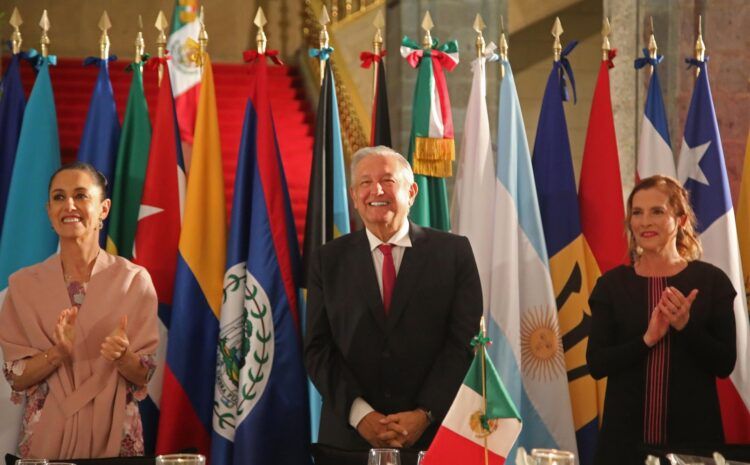 López Obrador rescata ideas de Chávez para aparcar a la OEA