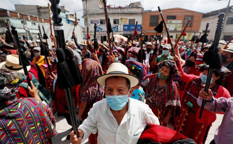 Los líderes indígenas exigen fin al Estado de Sitio y el cierre de las minas
