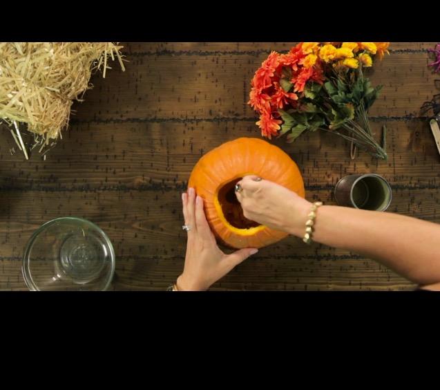 Halloween Hacks: Witch's Hat Cookies & Pumpkin Vase