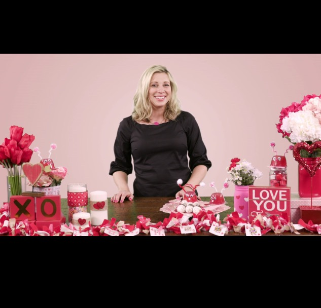 Valentine's Day Hacks: Thumprint Vases and Twine Heart Candles