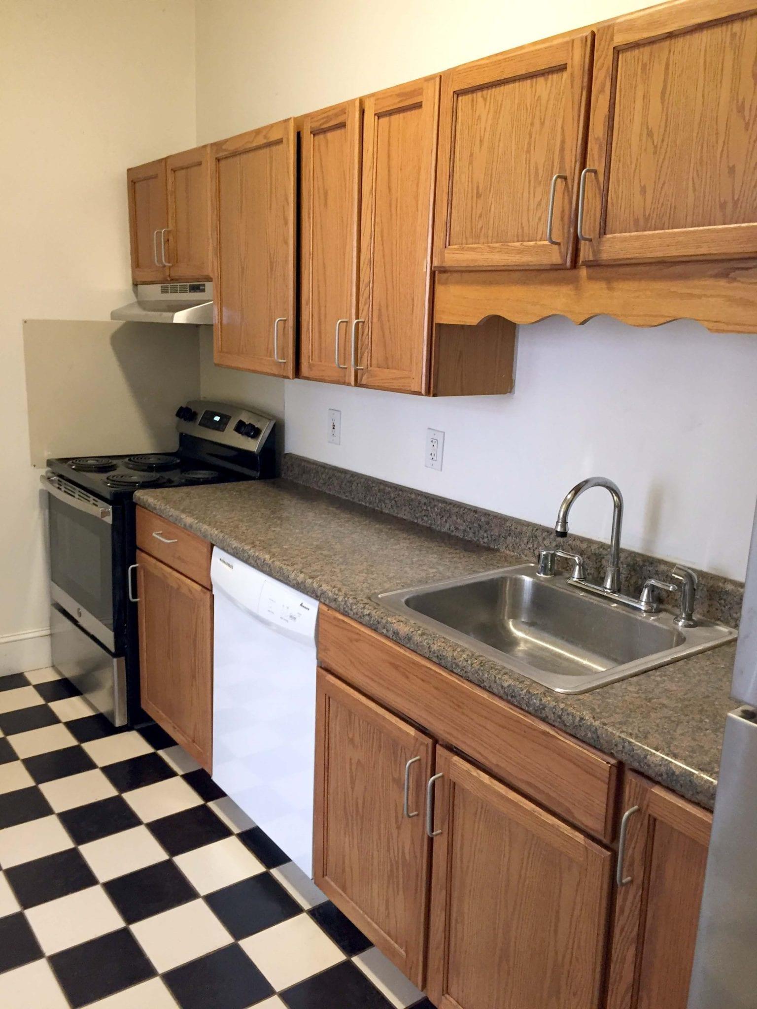 13 1st Flr Kitchen