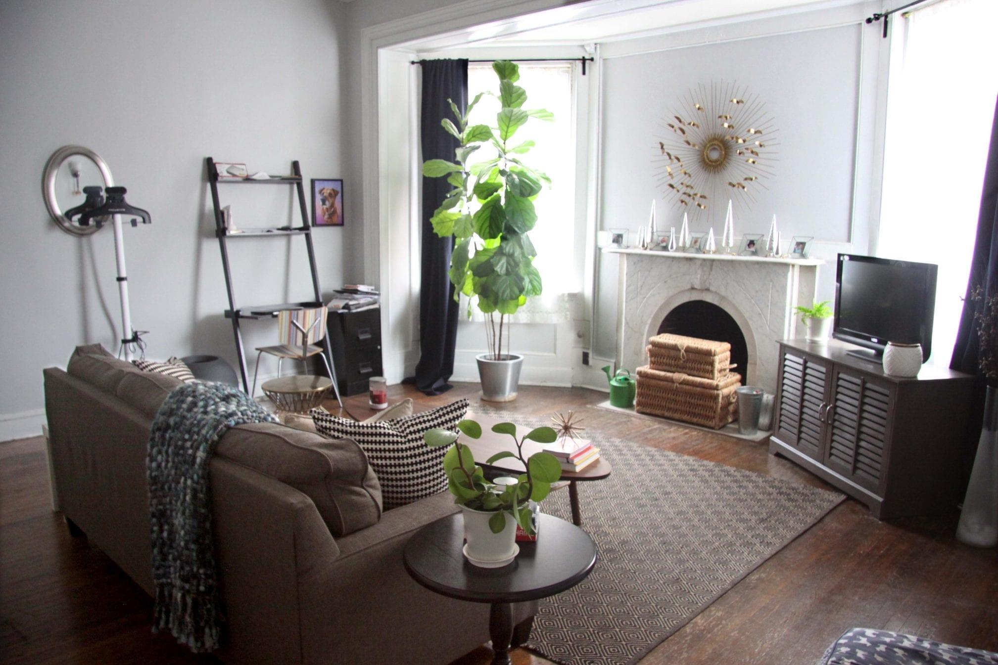 20 2F Living Room