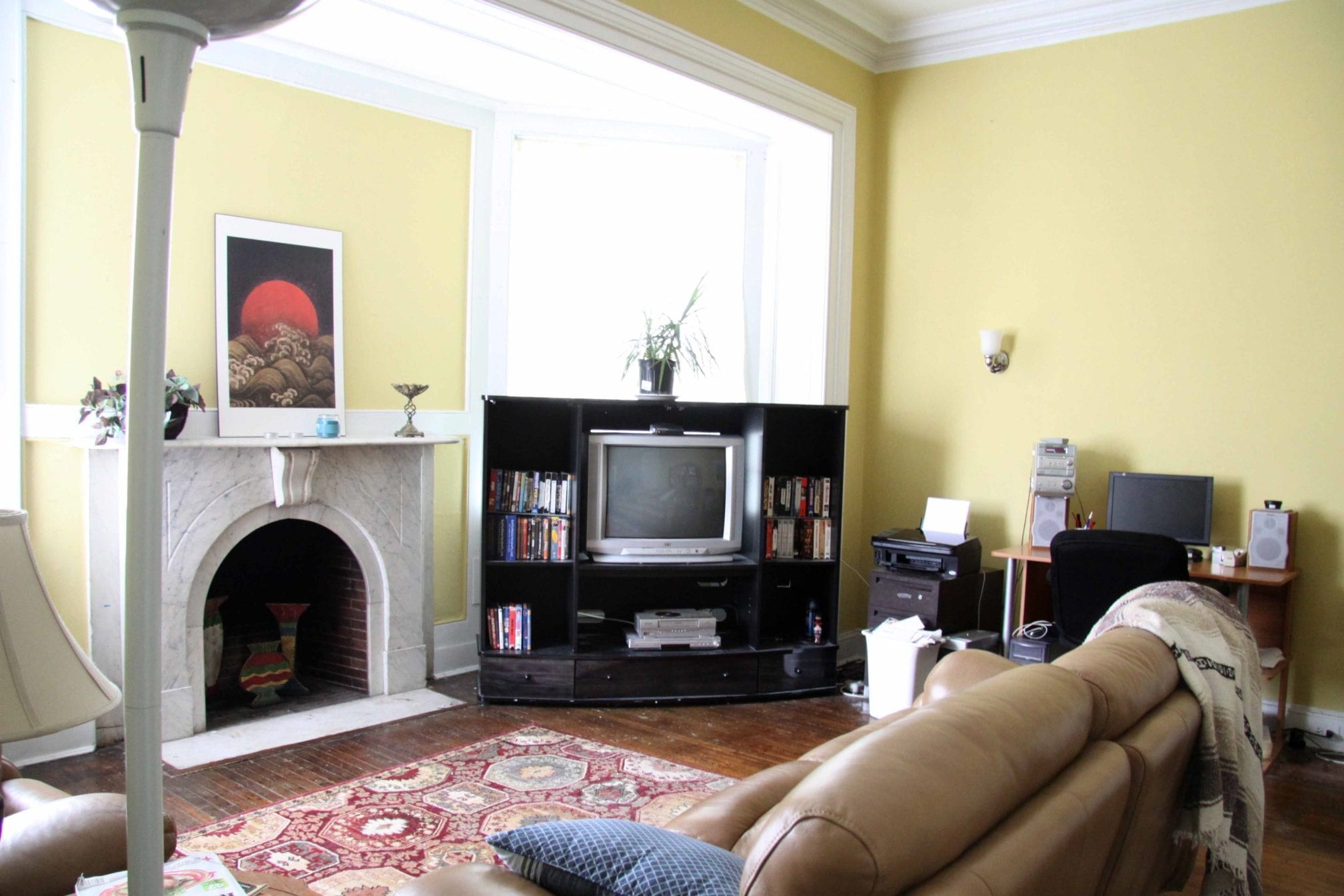 21 2F Living Room