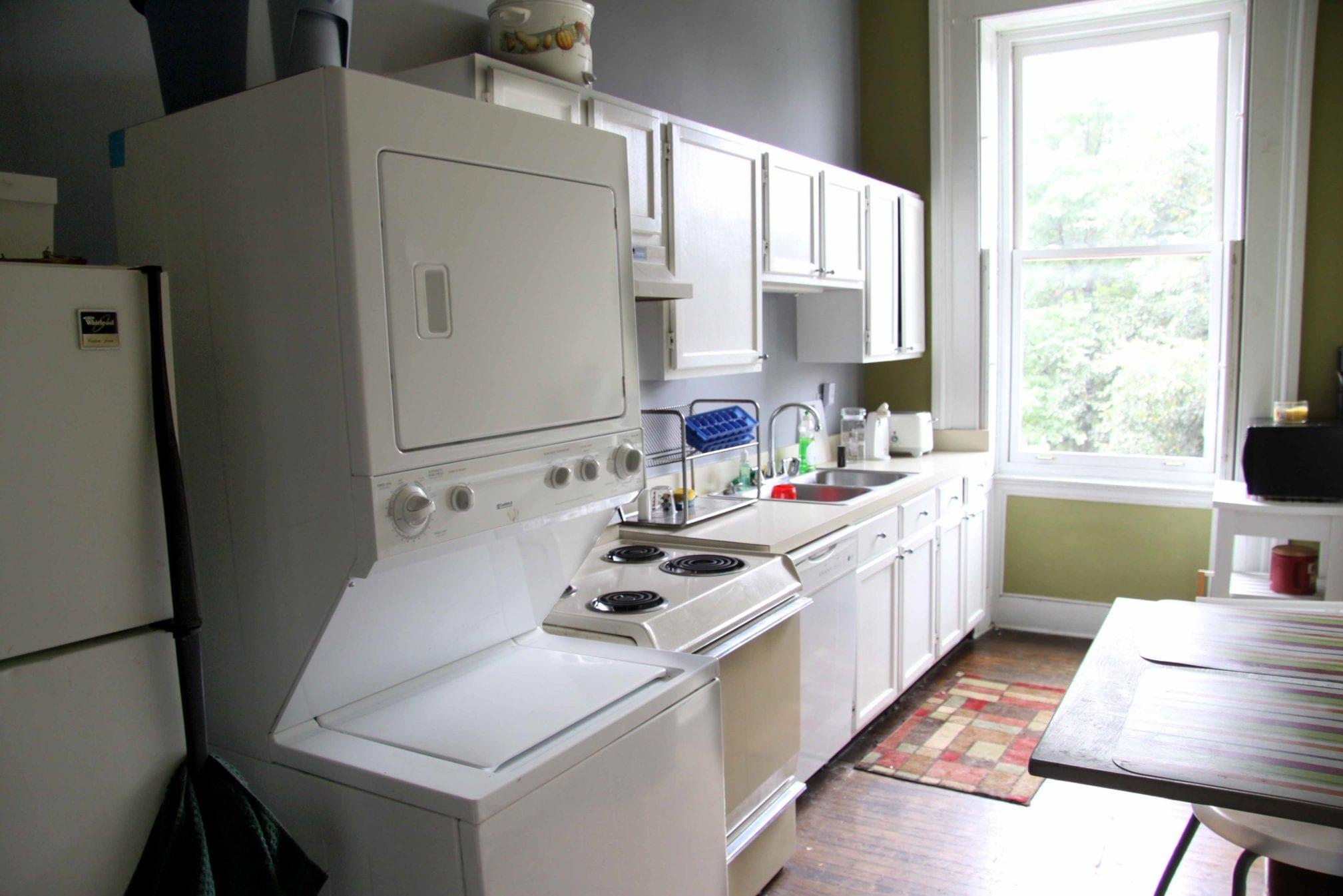 22 2F Kitchen
