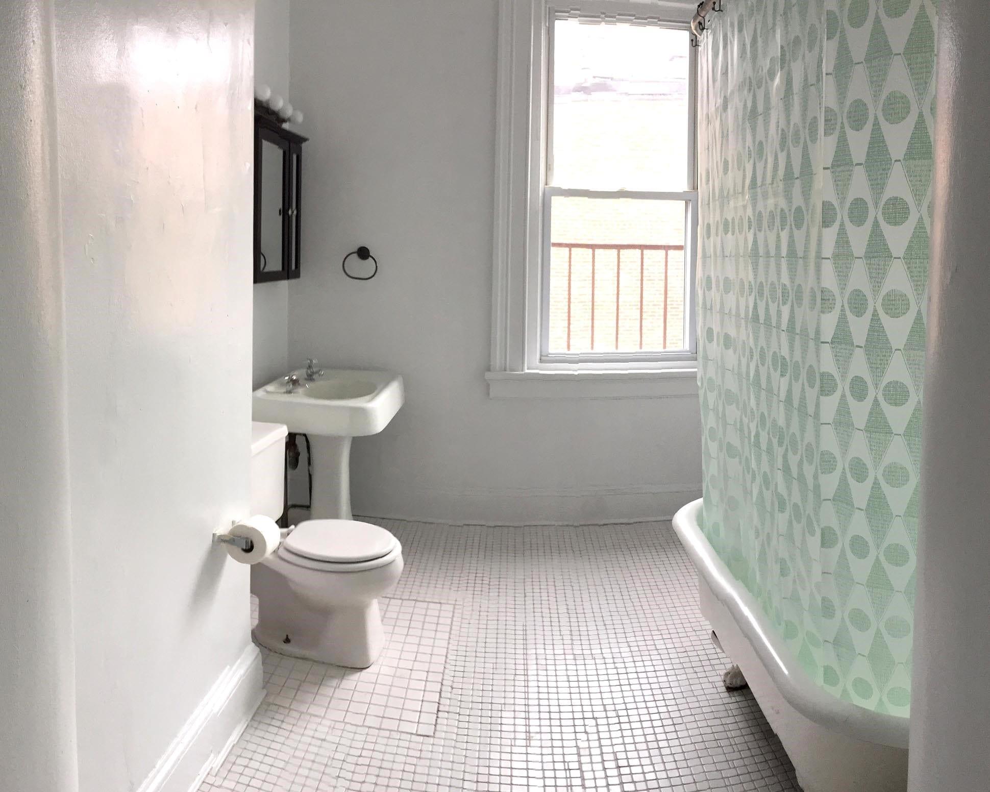 53 3R Bath