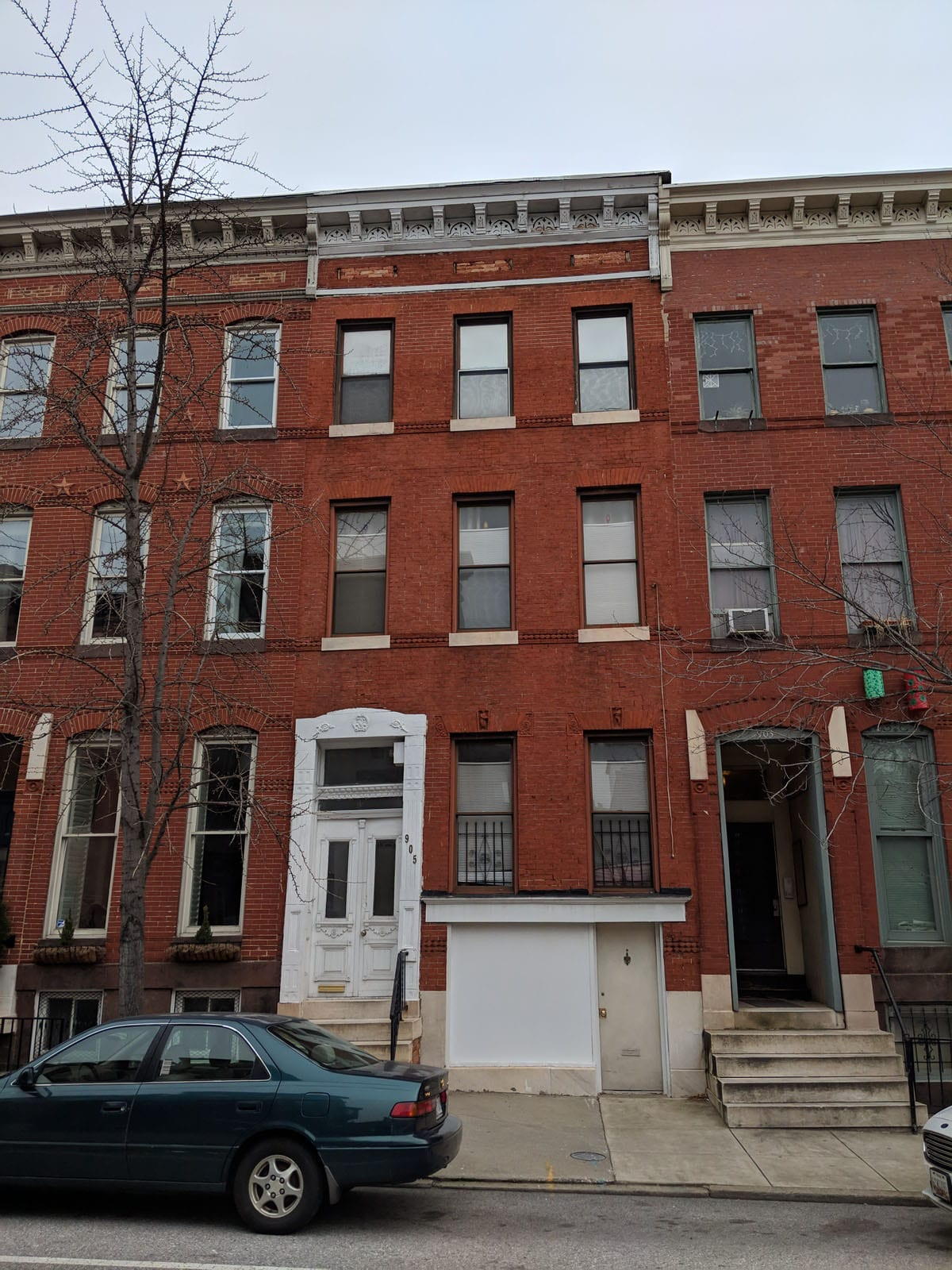 905 N Calvert St:  4 Apts in Historic Mount Vernon