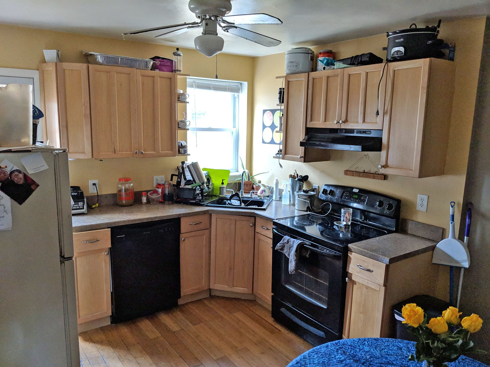 112 2302 Kitchen