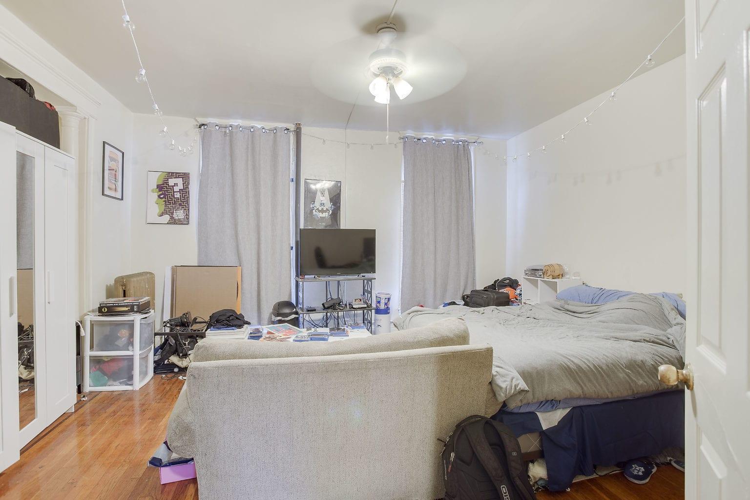 14 Front Bedroom 1