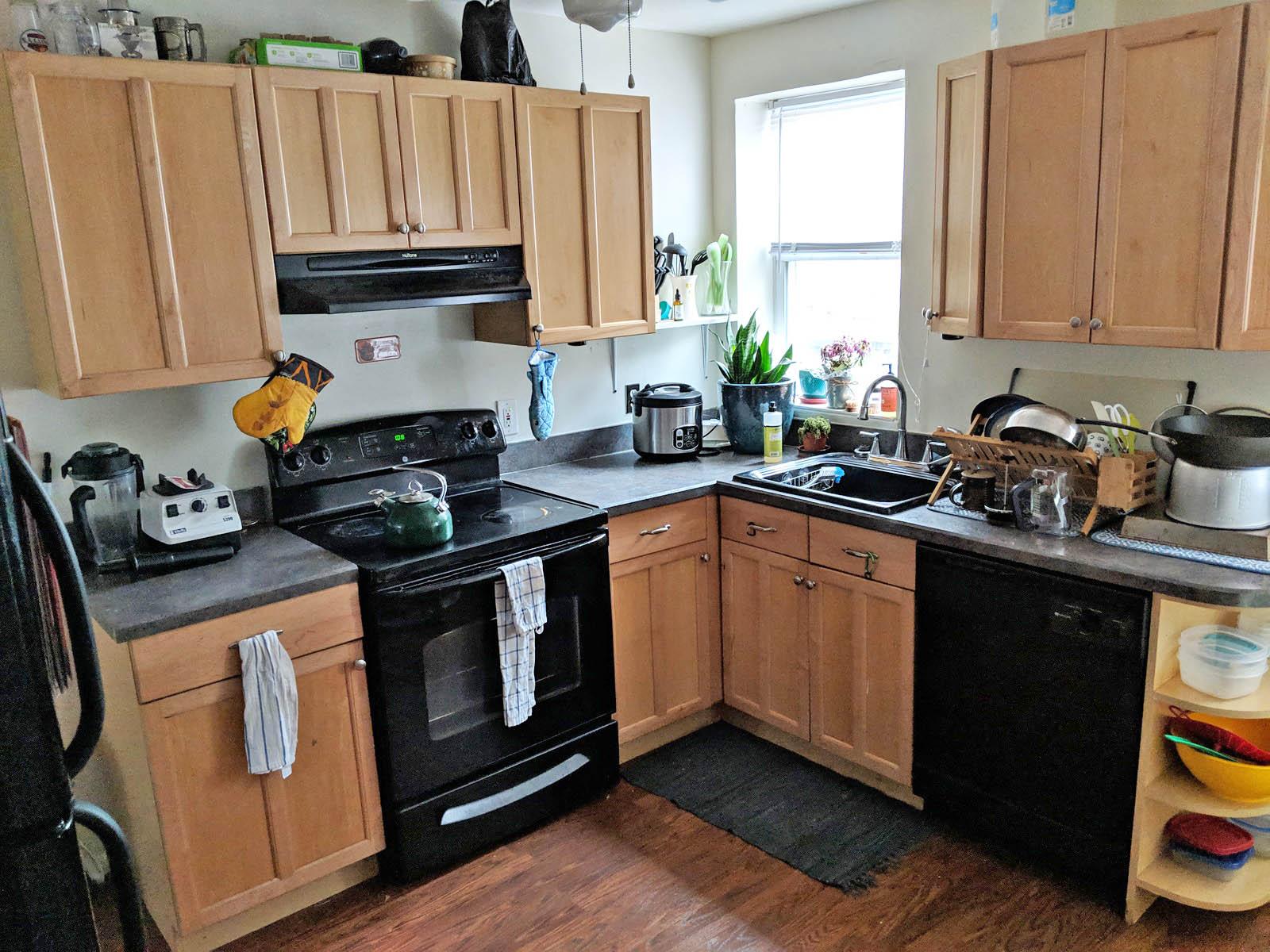 143 2310 Kitchen