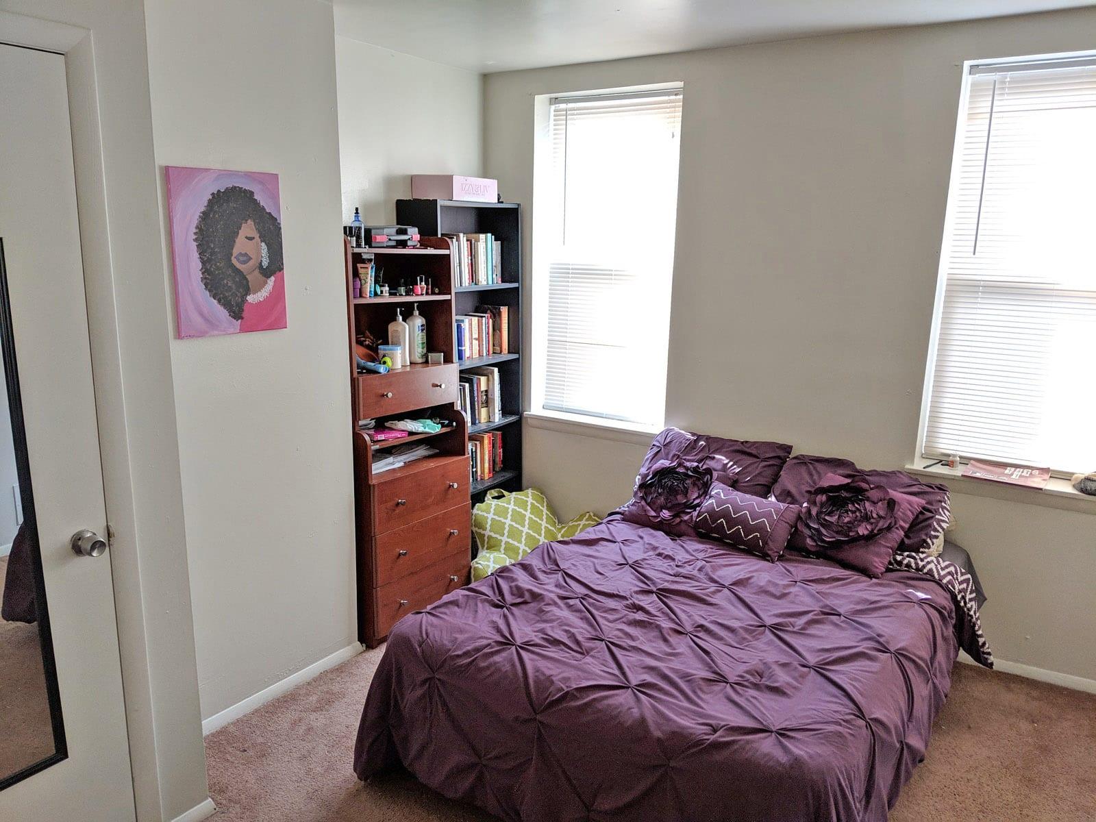 284 2317 Bedroom
