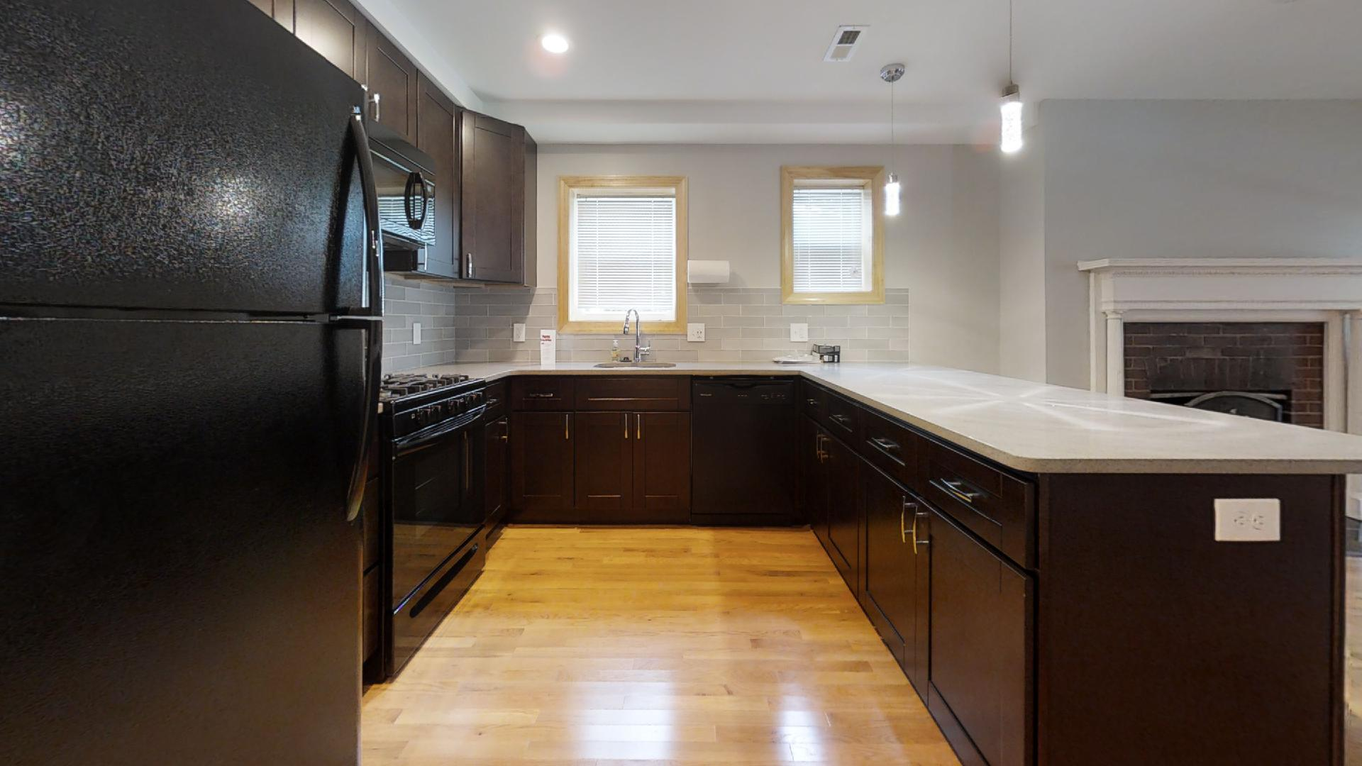 4201 Roland Ave ~ Luxurious 1 Bedroom in Historic Roland Park
