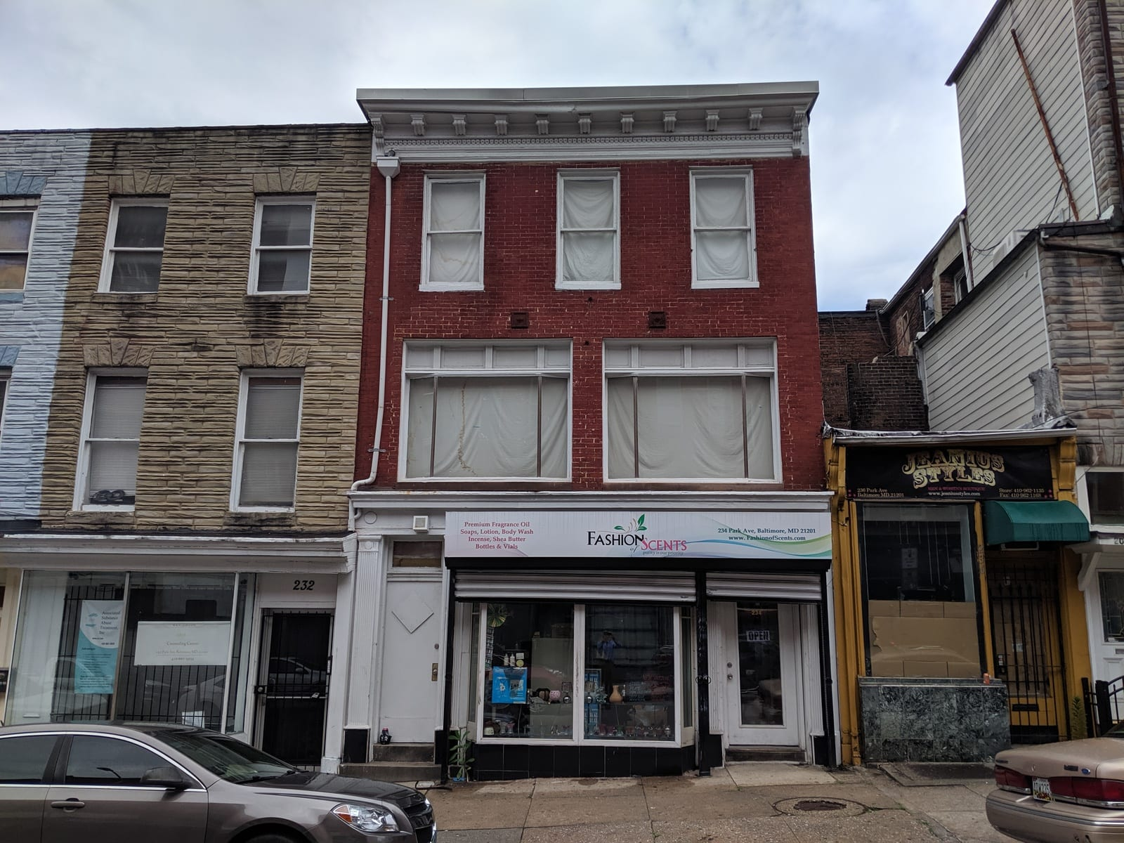 234 Park Ave:  Retail Store plus Value-Add Opportunity to Renovate Upper Floors