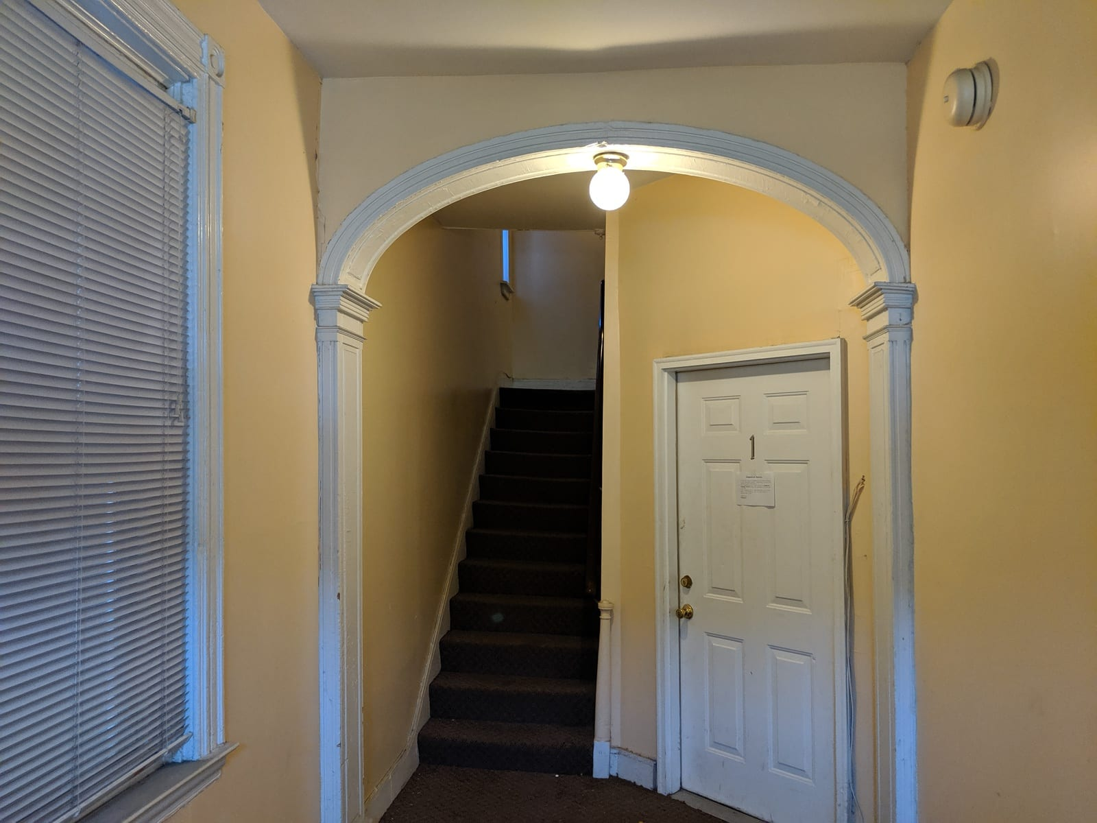 08 entry hall