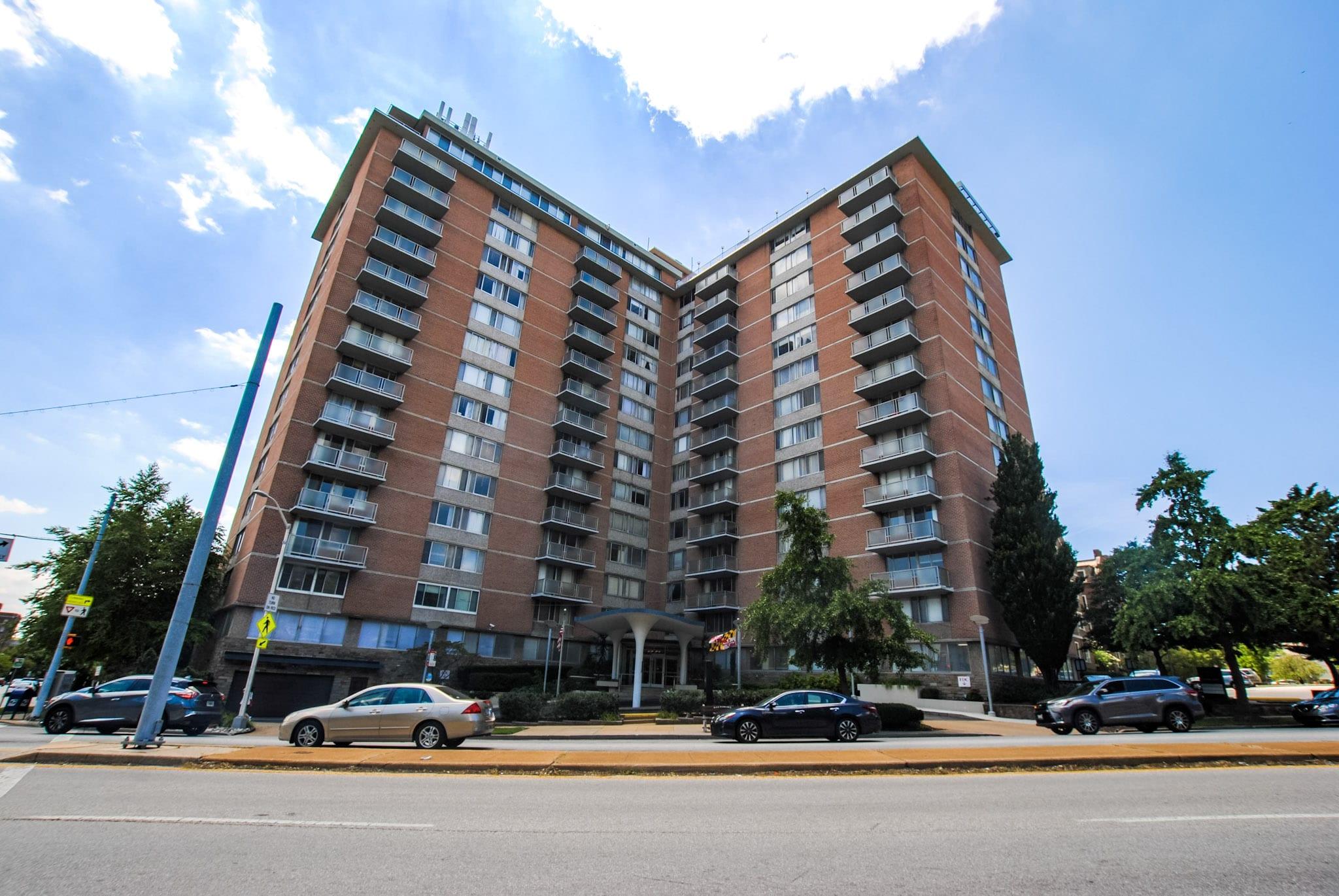 University One Condominium: Two Bedroom Penthouse Suite Next to Johns Hopkins University