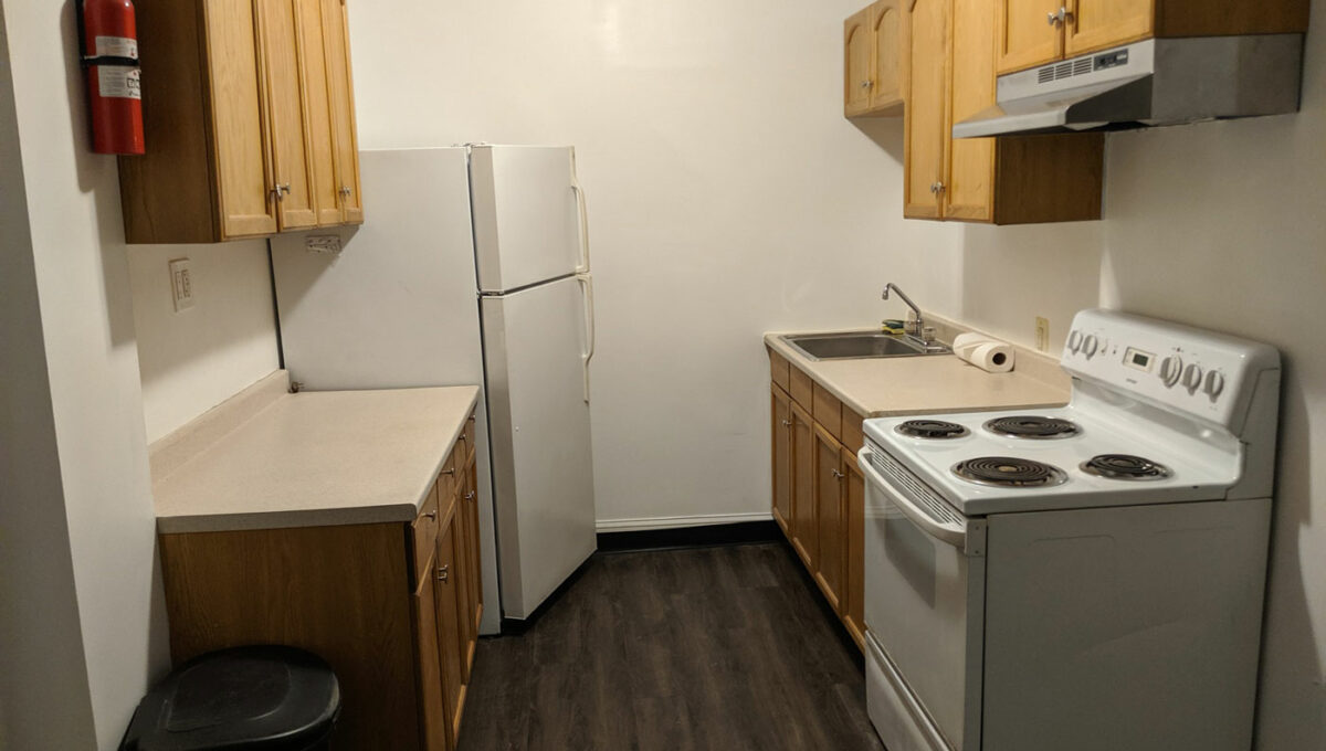 12-1st-Flr-Kitchen