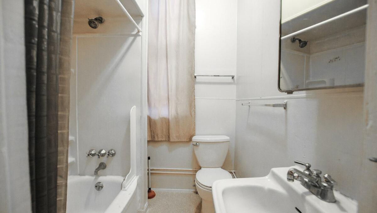 12 unit 1 bath
