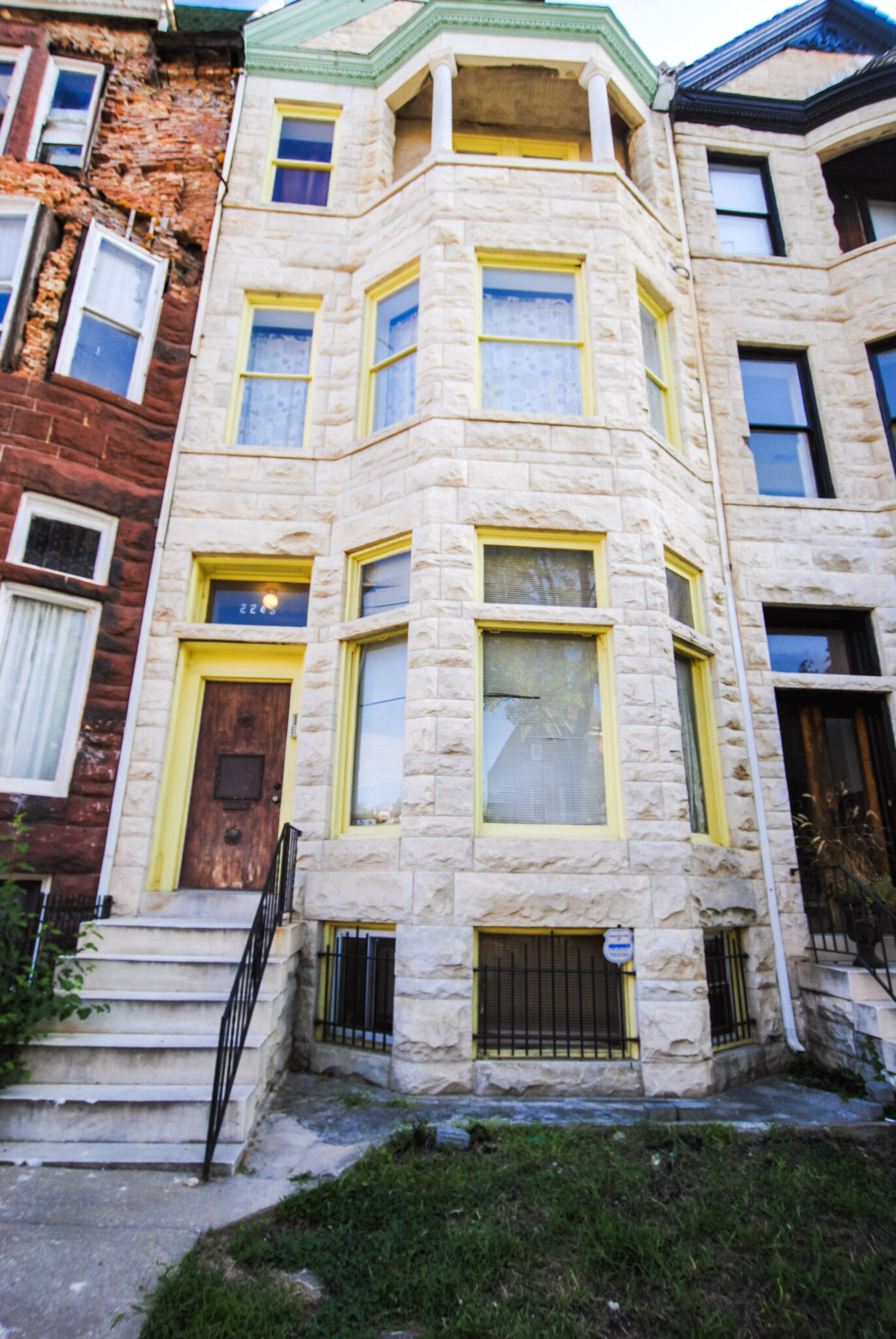 2245 Eutaw Place: 3 Apartments in Historic Reservoir Hill