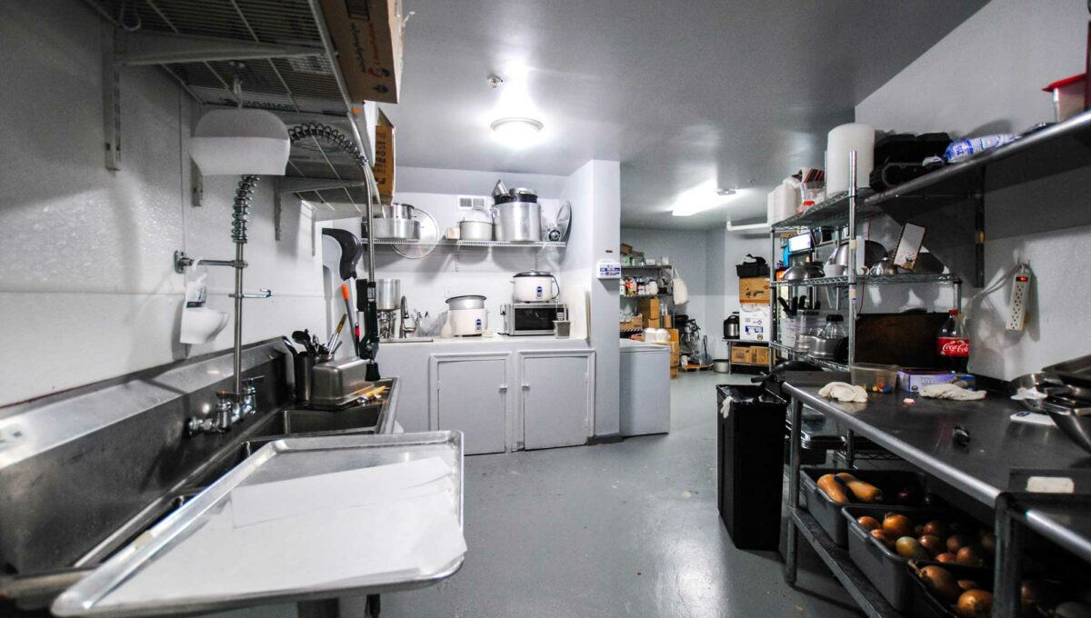 15-Restaurant-Kitchen