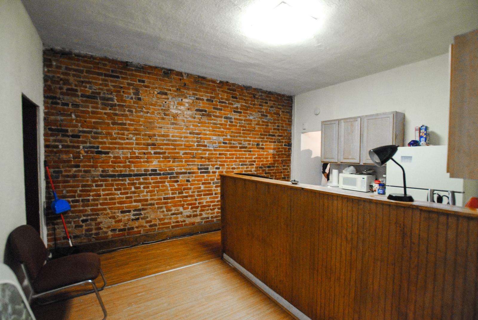 16 Unit 1 dr. kitchen