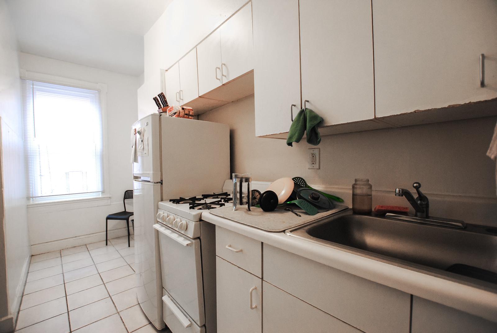 32 Unit 3 kitchen