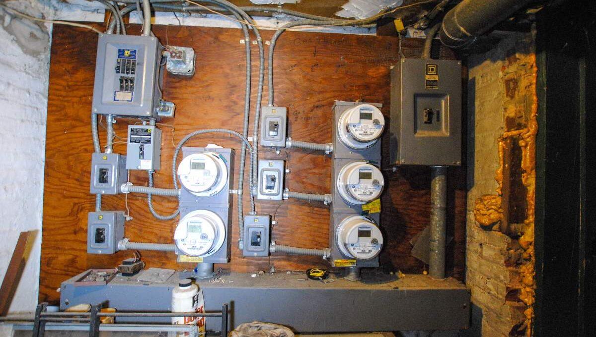 81 Electric meters_200116024833
