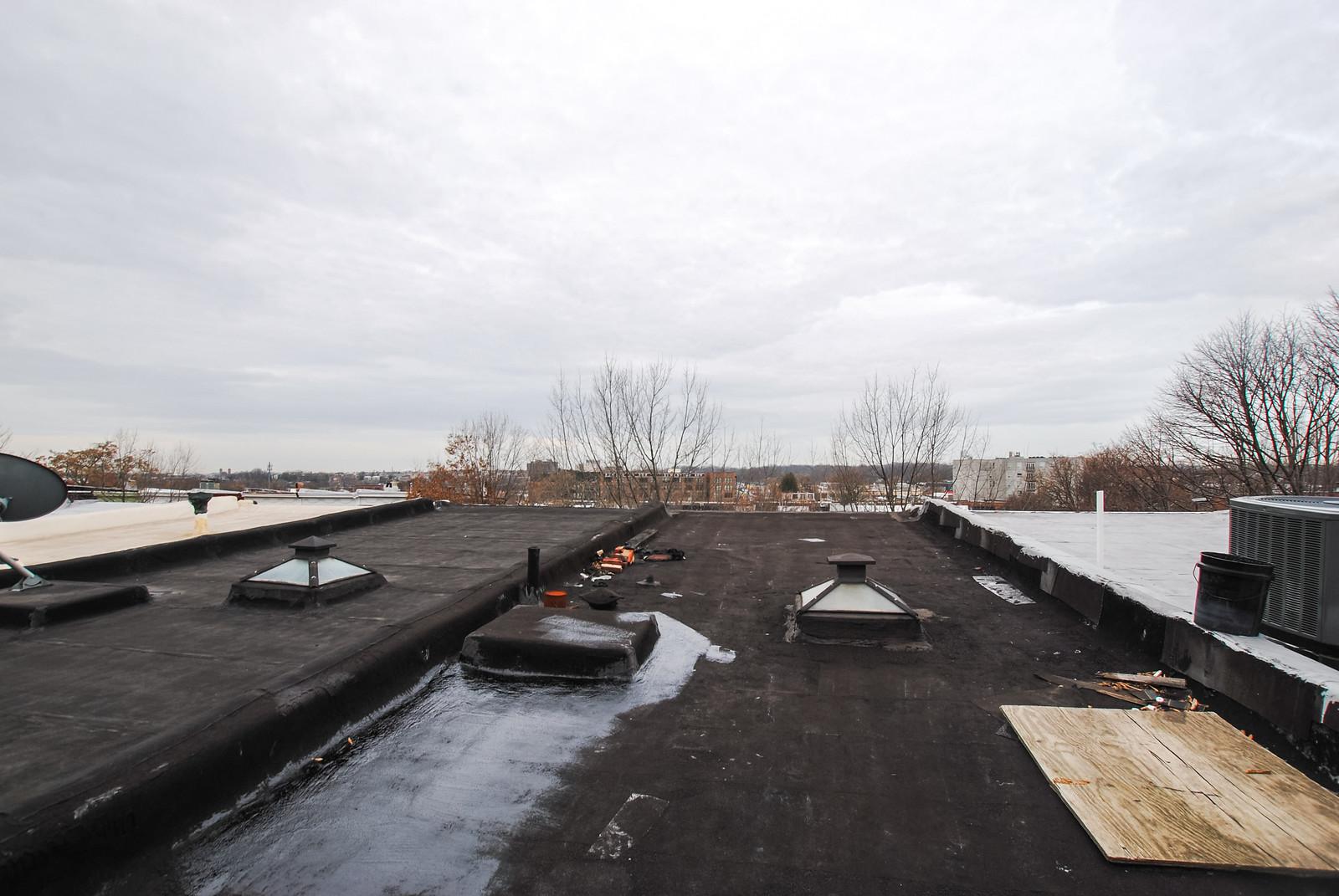 94 Upper Roof