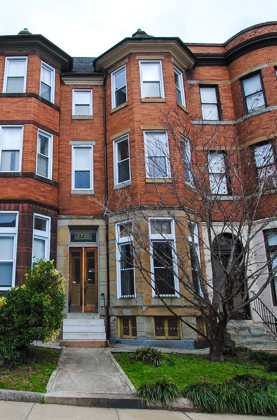 2729 Saint Paul St: 3 Premium Apartments with Great Income!