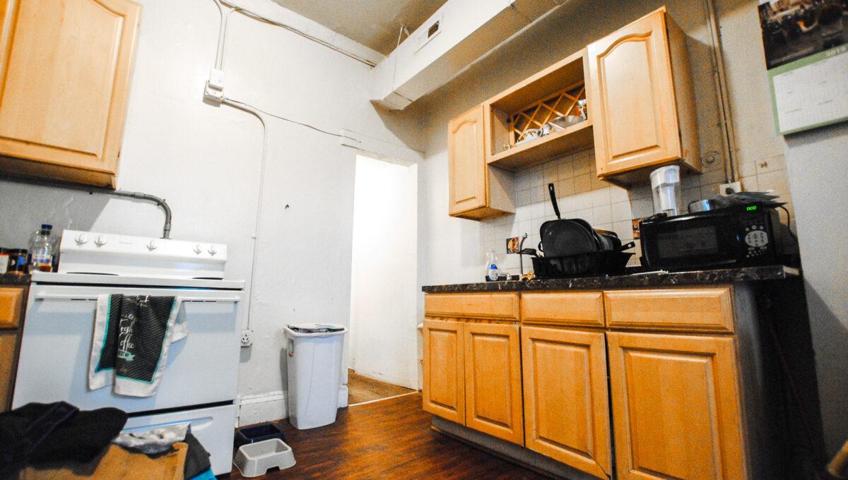 23 unit 2 kitchen