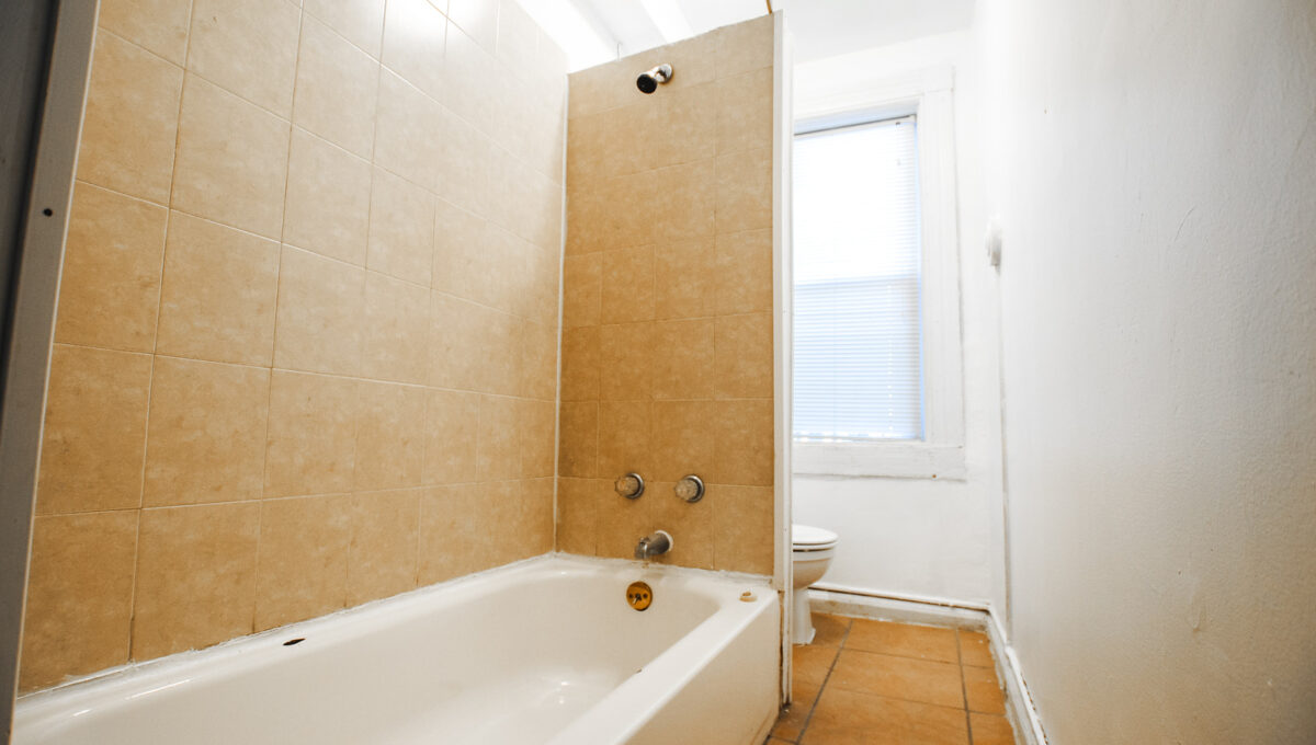 31 unit 3 bath