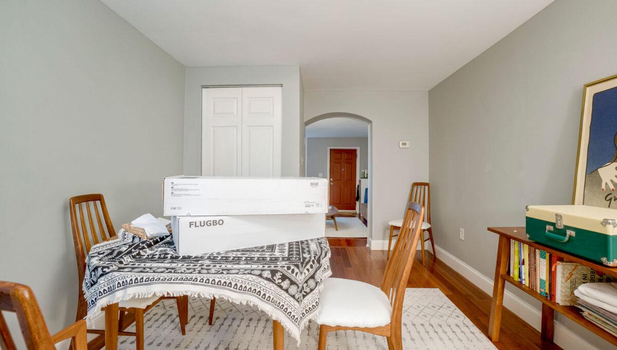 13 Dinign Room
