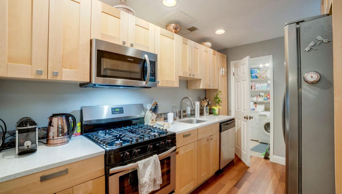 15 Kitchen View