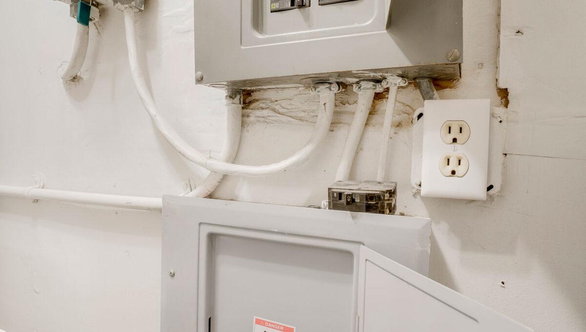 51 Electric Panel