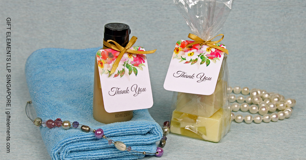 5 Functional and Practical Wedding Favors People Will Actually Use