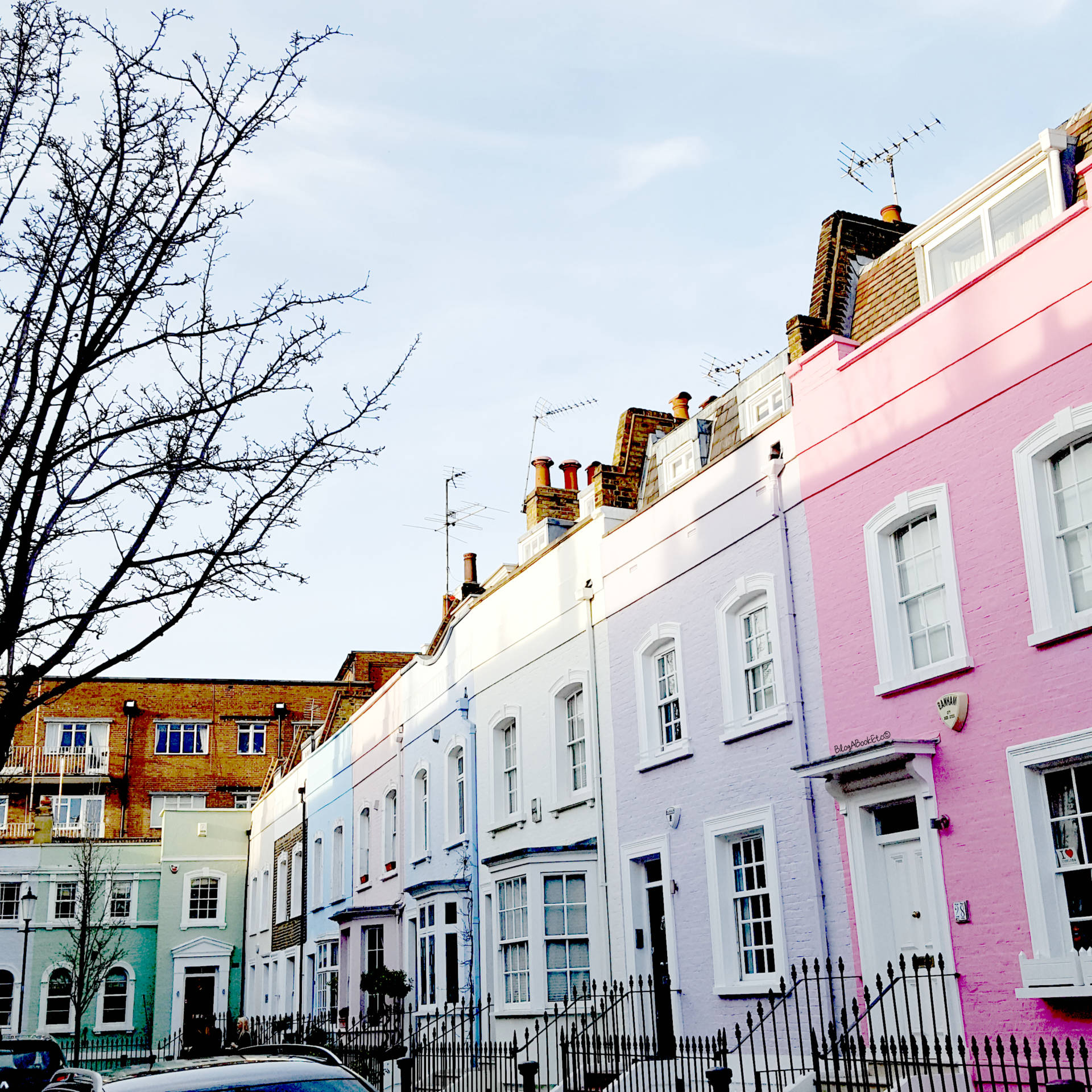 5 Free Things in London, London, London Blogger, Pretty Little London, Pretty City London, City, City Life, Life, London Life, Love London, Houses, Coloured Houses, Blue Skies, Beautiful Day, Beautiful, Blogger, Blog A Book Etc, Fay Simone, Fay