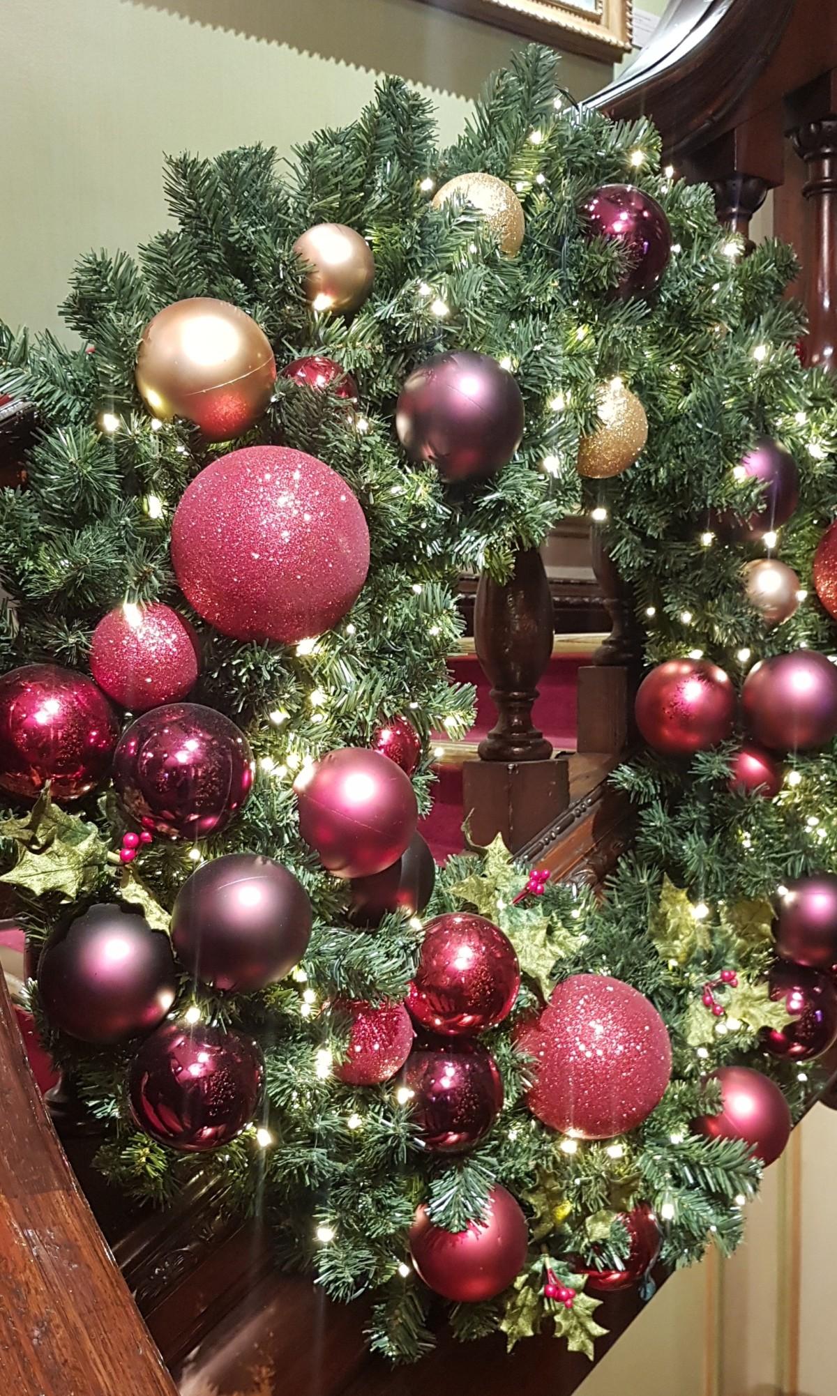 BLOGMAS Day 9 | Pinterest - BLOGMAS Board, Blogmas, Christmas, festive, festive spirit, Festivities, Christmas Tradition, Pinterest, Pinterest Board. Christmas Wreath, Wreath, Fortnum & Mason, London, Blog A Book Etc, Fay
