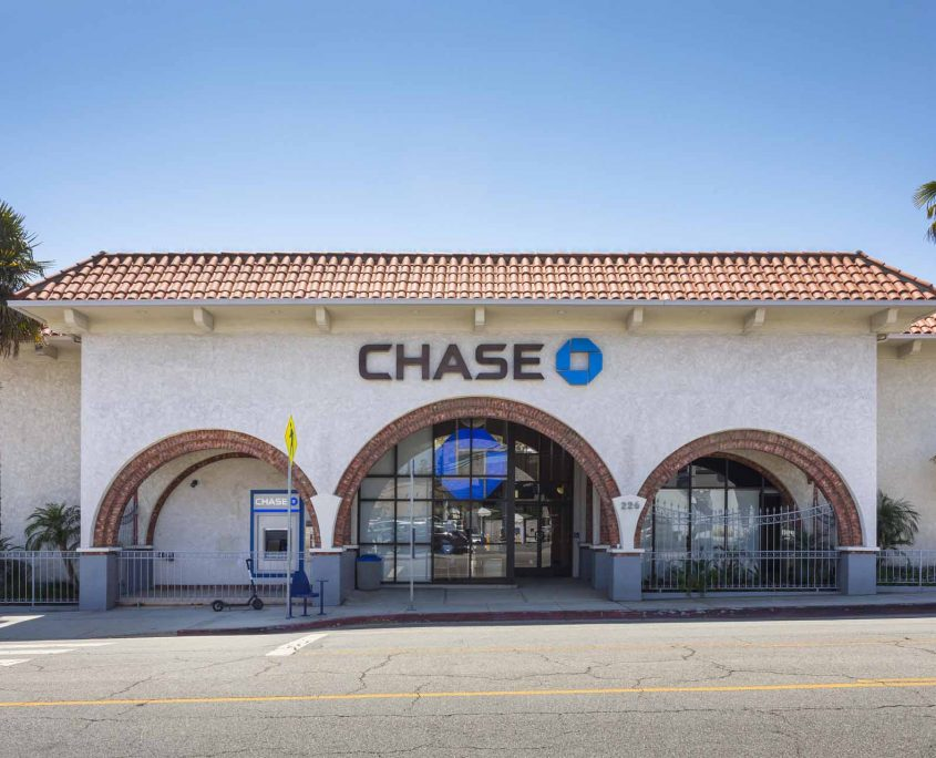 Chase Bank Front Entrance
