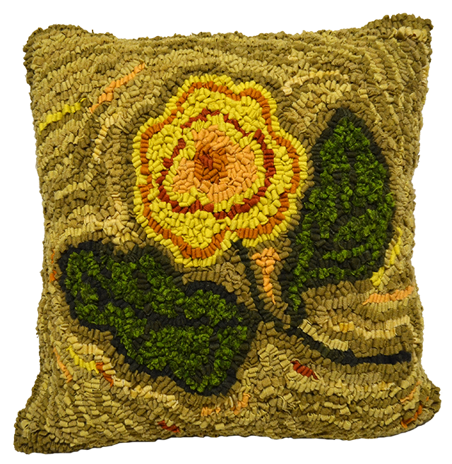 Flower, a Judith Dallegret pattern hooked by Monique Goulet