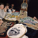 1995 /  Démonstration à l'Exposition du 20e anniversaire de la guilde___ Lakeshore Hooking Craft Rug Hooking Dermo during the Show 20th Anniversary Sept.-30 - Oct. 1st, 1995
